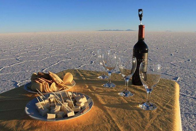 | Uyuni Salt Flat Tour 1 day + Sunset | Service Private |