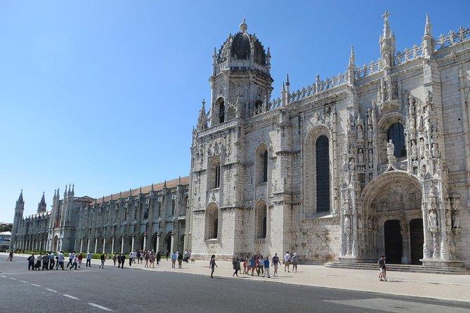 Transfer Lisbon to Sintra (3pax)
