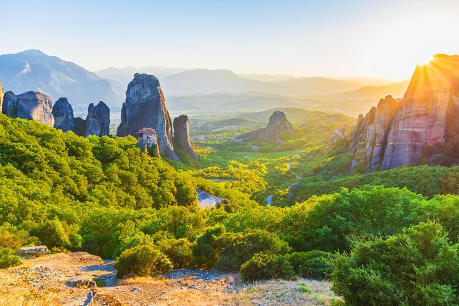 Meteora Monasteries Private Daytrip from Athens