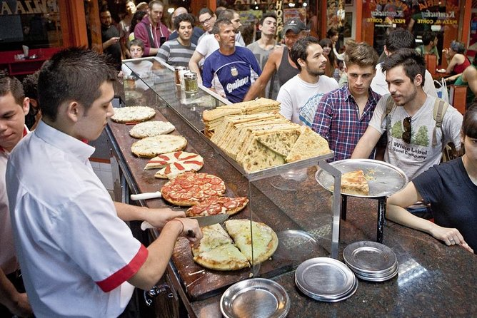 Private Walking Tour & Argentinian pizzas Tasting