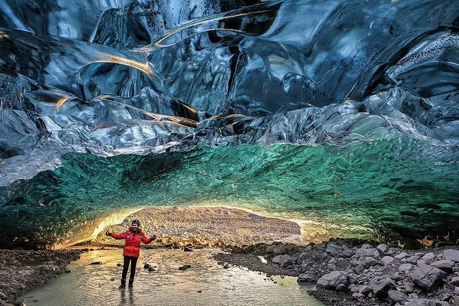 Ice Cave Tour of Europe's Largest Glacier photo 1
