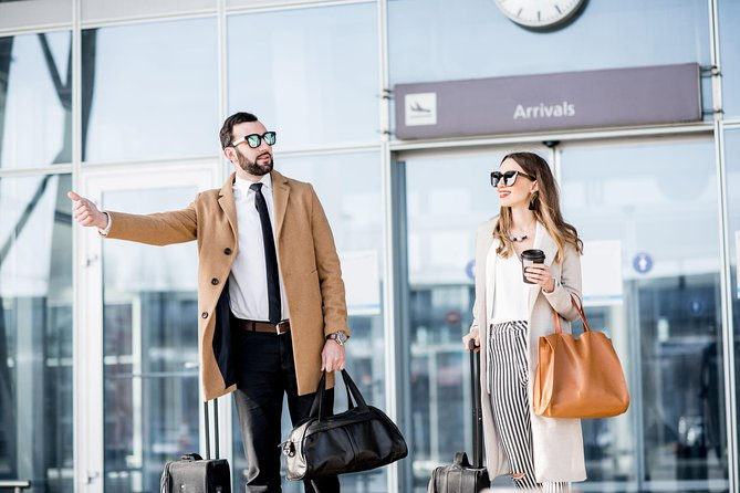 Private Round Trip in Minivan: Prague Airport to Hotel and back Prague Airport