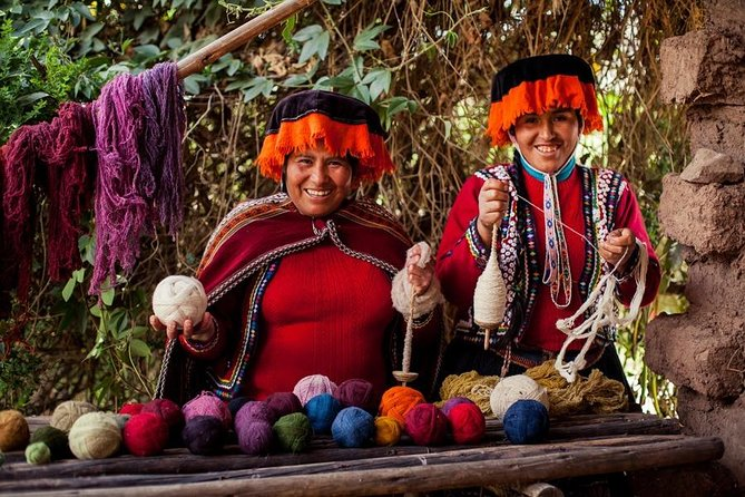 Andean textiles with creativity 1/2 day
