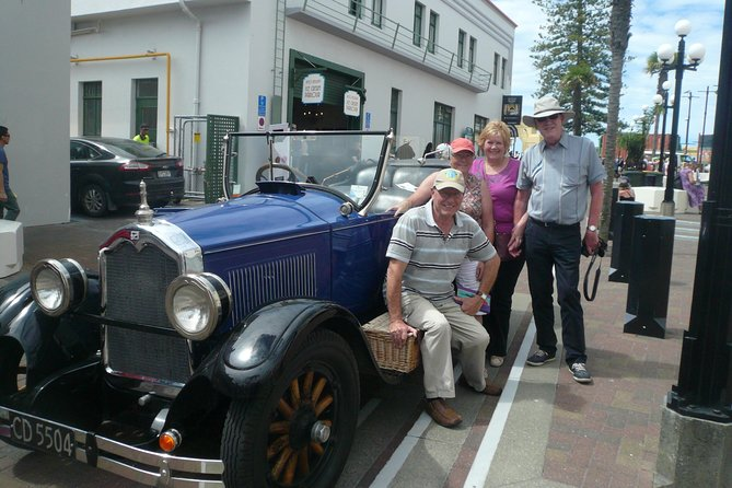 60-Minute Napier Deco City Tour by Vintage Car