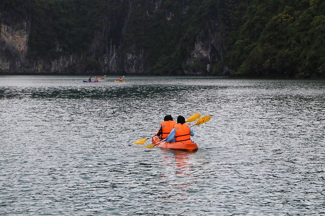 Halong Bay 1 day tour with Lunch from Hanoi City