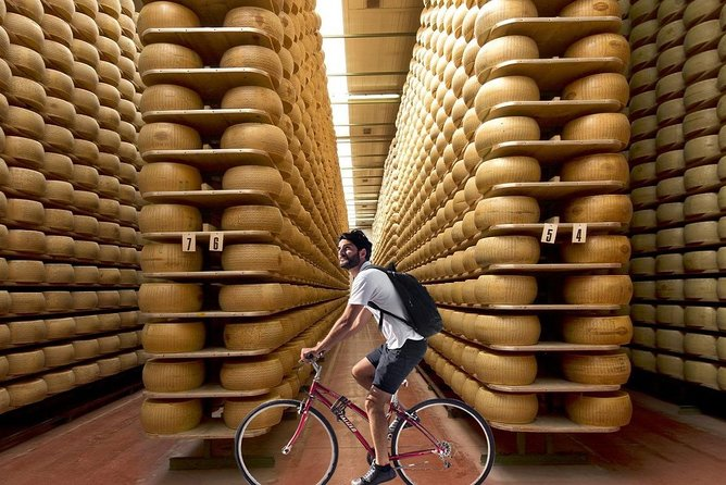 Cycling and eating around Parma, between Parmigiano and Aceto Balsamico