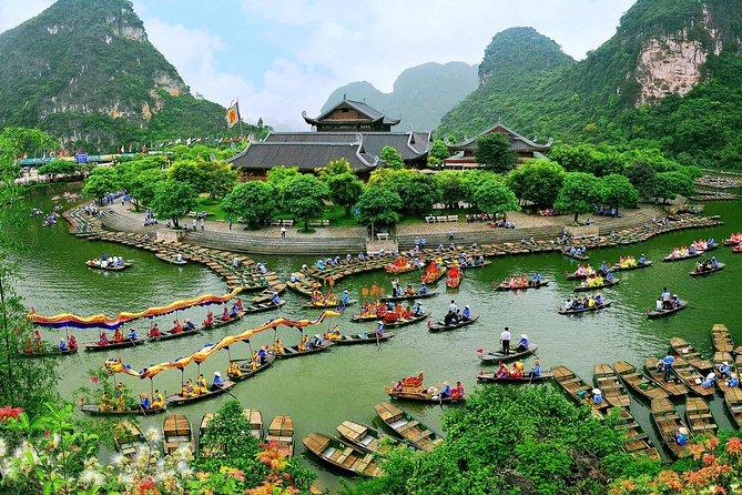 Hoa Lu - Tam Coc - Bai Dinh - Trang An (2 Days 1 Night)