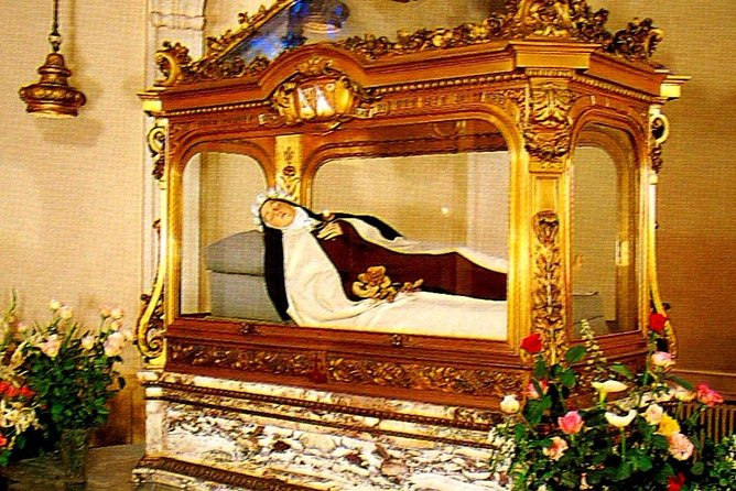 Follow the Footsteps of St. Teresa of LISIEUX in a 2-Day Private Trip from Paris photo 1