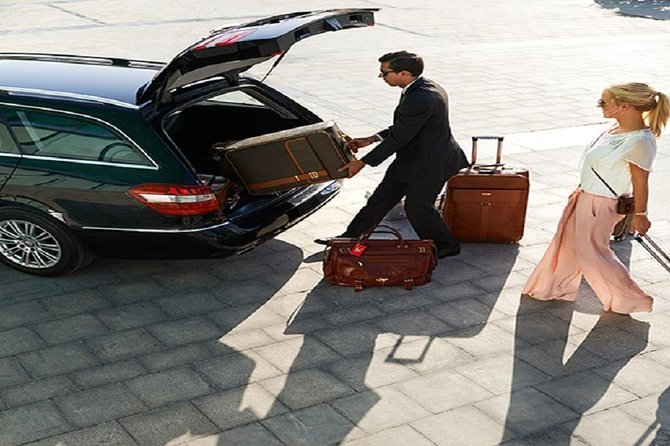 Arrival Transfer from Menara airport to all Marrakech hotels