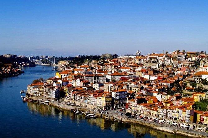 Private Tour to Porto, with stops in Obidos, Nazareth, Fatima, Coimbra and Aveiro