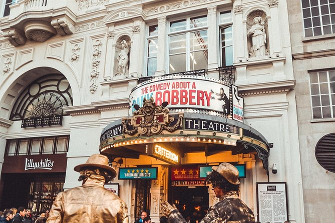 Gamified Discovery Walk in London's Piccadilly Circus and Whitehall