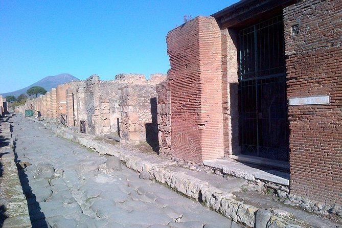 Pompeii Skip The Line Two-Hour Private Guided Tour With English-Speaking Guide photo 2