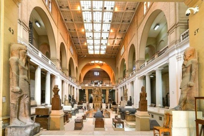 Tour to Pyramids , The Egyptian Museum & Citadel