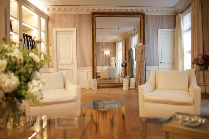 The VIP Experience: Luxury Personal Shopping and Styling Experience in Paris