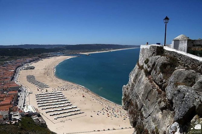 Discovering Nazareth Canyon + Obidos, to small groups, full day