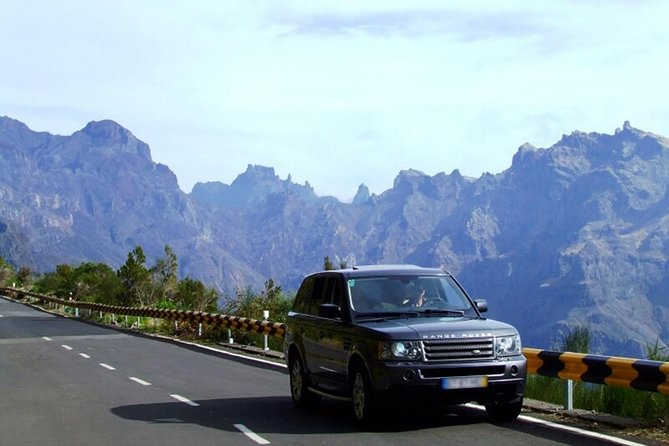 Half Day Private VIP Expeditions - 4WD Tour