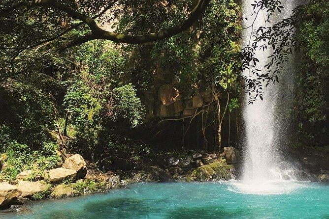 Rincon de la Vieja Volcano Hiking Tour from Guanacaste
