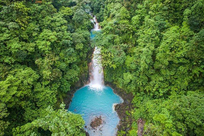 Rio Celeste river waterfall, hike and hot springs tour from San Jose, Costa Rica photo 6
