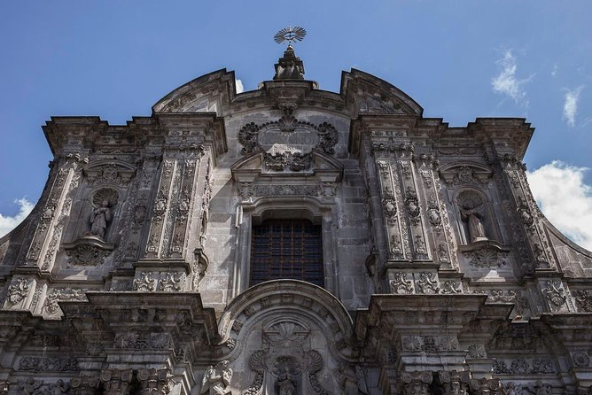 2-Days in Quito with Hotel & City Tour photo 1