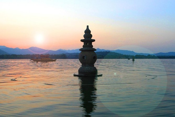 Hangzhou Private Day Tour from Shanghai with West Lake and Hefang Street