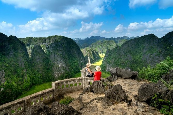 2 Day Tour to Ninh Binh from Hanoi with Trang An Cave