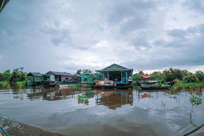 Rolous Group and Floating Village Tour photo 6