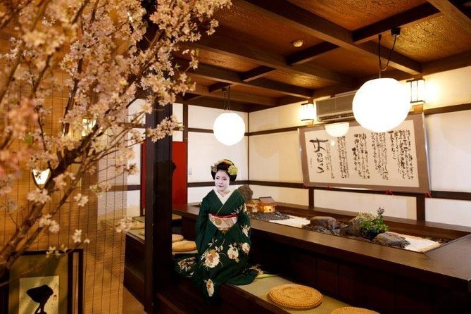 ‹dinner time›Private time with maiko at a high-class Japanese-restaurant photo 7