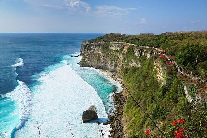 Uluwatu Temple Tour photo 4