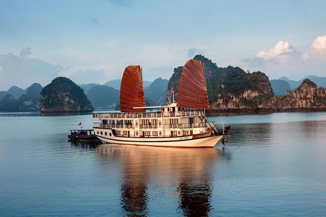 Apricot Premium Cruise - HaLong Bay 3D2N (1 Night Boat, 1 Night Island)