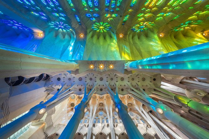 Decoding Gaudí on a private tour with official guide photo 9