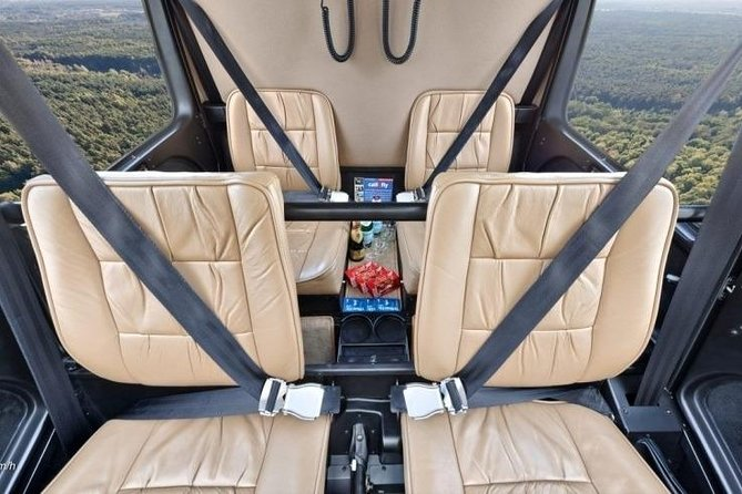 Helicopter tour with a glass of sparkling wine with pick up and drop off photo 7
