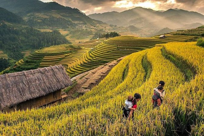 Sapa 2 Days – 1 Night (overnight in Ta Van Village) & Hanoi Walking Tour