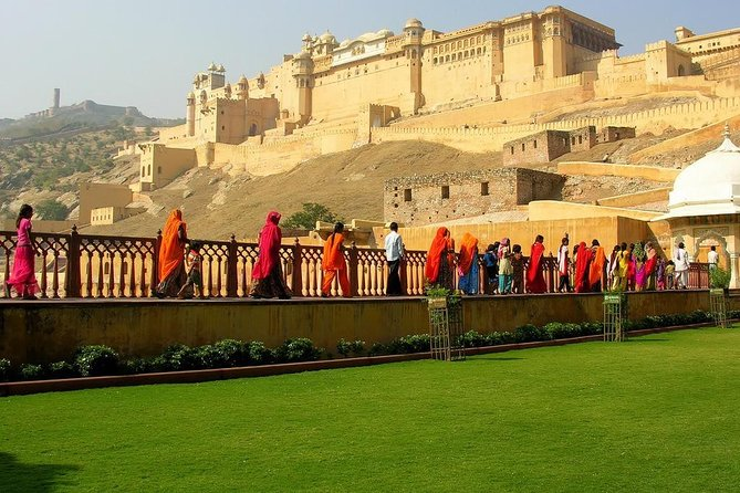 Special: 4 Days Delhi, Agra, Jaipur Tour With 3 Star Hotels