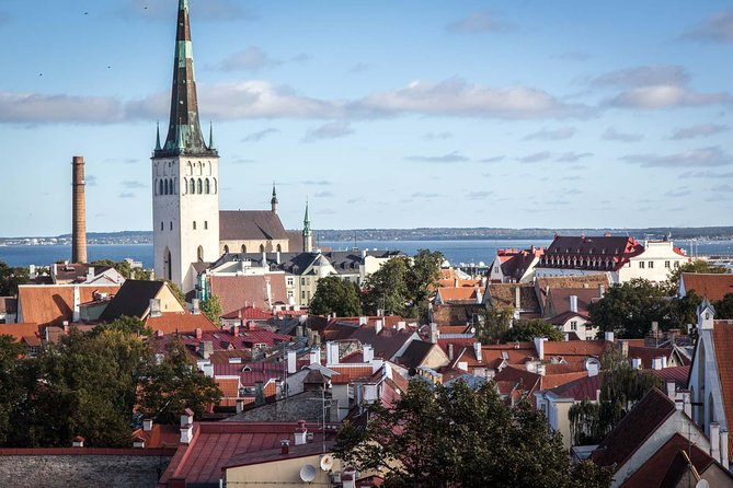 Tallinn Walking Sight Seeing Tour