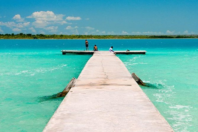 Magical Tour In Bacalar - Come to See the Spectacular Lagoon of Seven Colors photo 2