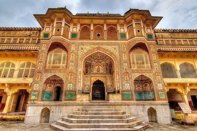 2-Day Delhi and Jaipur Tour from Delhi