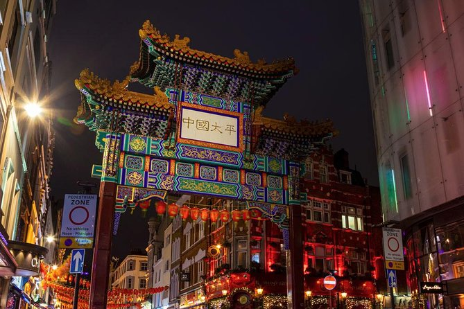 Private Chinatown to Soho Night Photography Tour