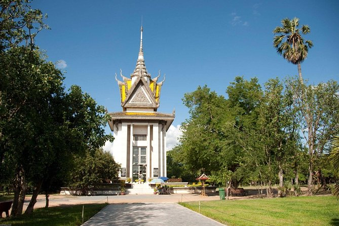 Private 4 Day Trip: Phnom Penh-Kampung Thom & Siem Reap photo 9