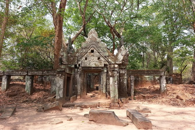 Private 4 Day Trip: Phnom Penh-Kampung Thom & Siem Reap photo 4