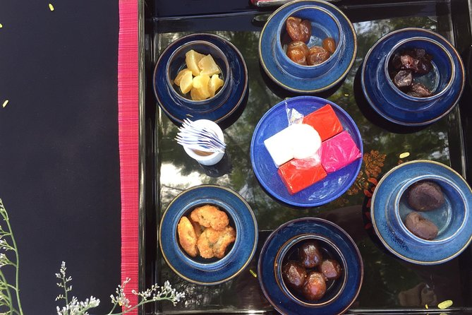 Enjoy Vietnamese Tea at Dong Khuyen Dai - Imperial City in Hue