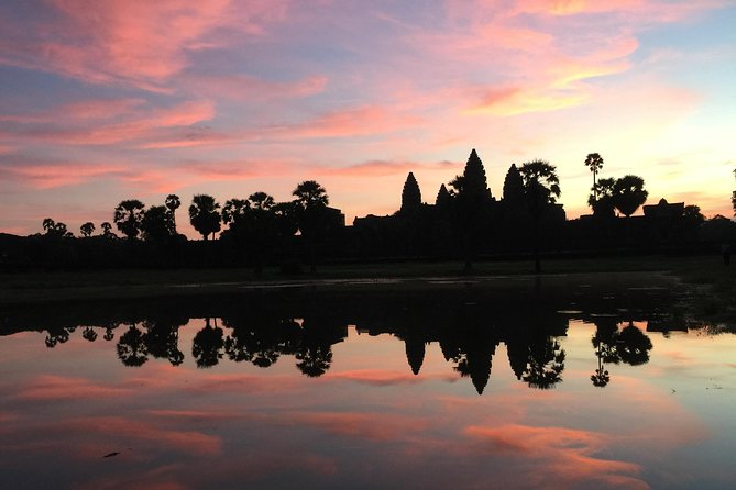 Private One Day Trip with Sunrise at Angkor Wat, Angkor Thom and Tomb Raider