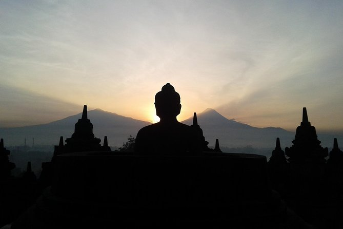 Borobudur Early Morning Tour with Merapi Lava and Prambanan Temple Tours