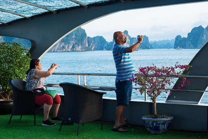 Ha Long Premium Cruise- Full Day with Expressway-Lunch-Explore Cave-Titop Island photo 5