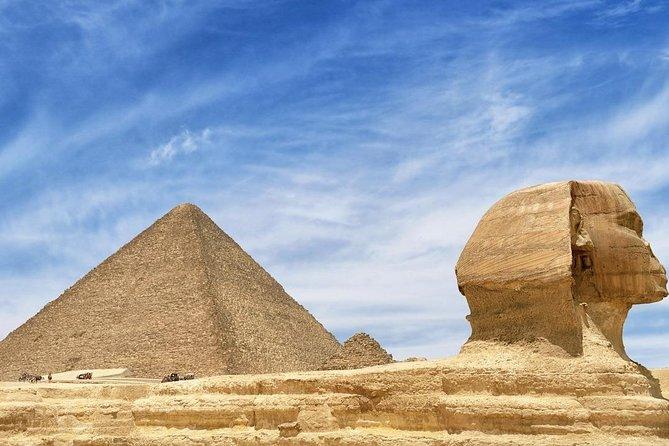 Visit The Giza Pyramids & Sphinx
