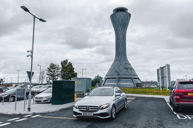 Edinburgh Airport to Edinburgh Private Premium Transfer With Chauffeur