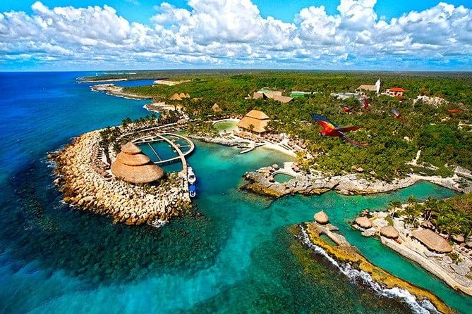 Full-Day Tour to Xcaret Plus with Transfer and Lunch