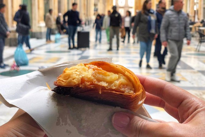 Naples Street Food Tour with a Native & Top Rated Expert