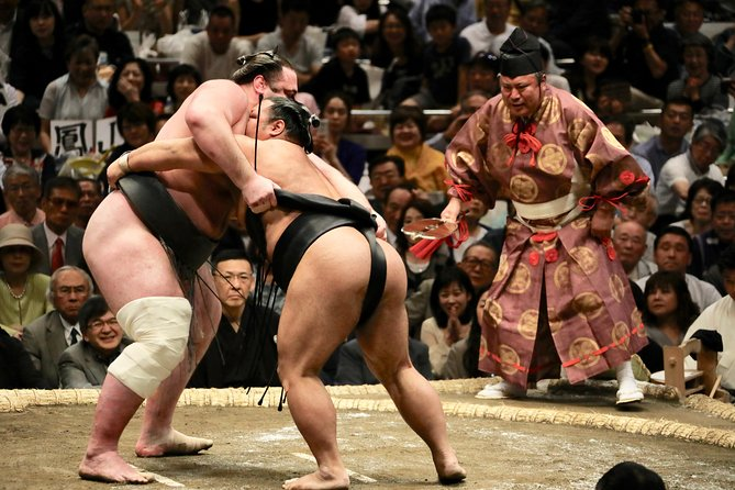 Grand Sumo Tournament Viewing in Tokyo