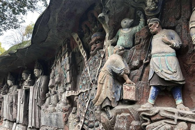 Dazu Rock Carvings Private Day Tour With the baoding Mountain and Beishan site