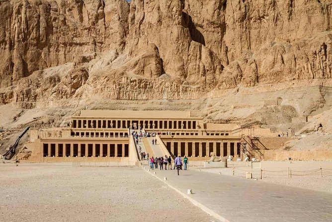 private Day trip to luxor ( East and west bank) from hurghada